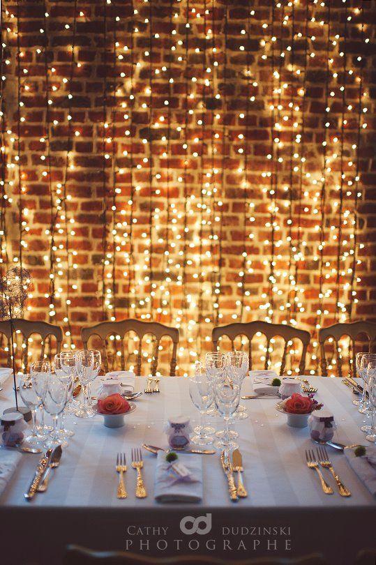 10 Waterfall String Light Wedding Decoration Ideas