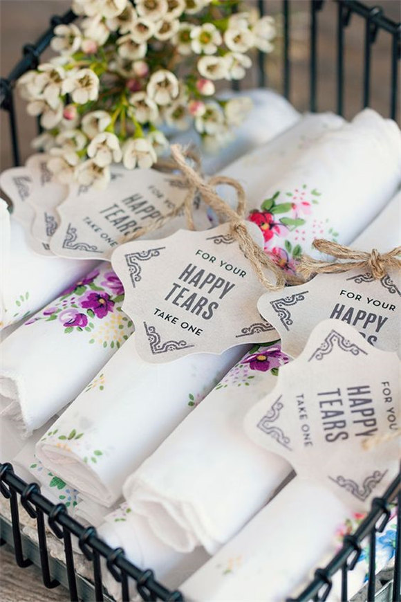 Vintage Wedding Favors Featuring Personalized Neue Retro Favor Tags