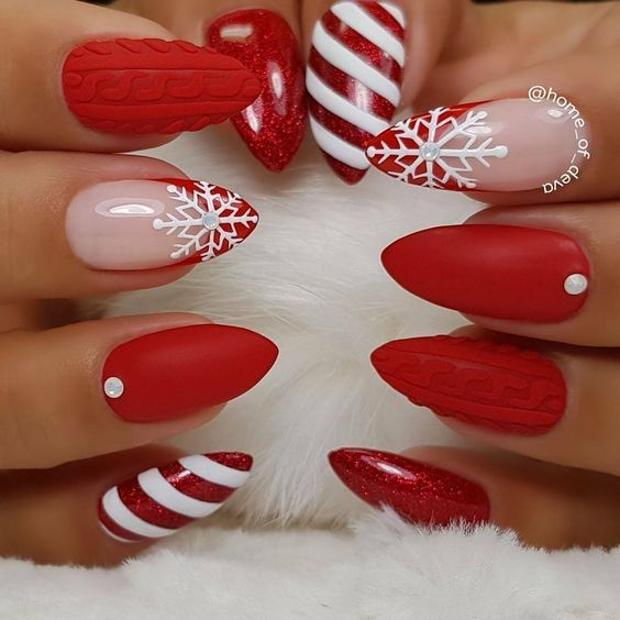 Winter & Holiday Nail Ideas