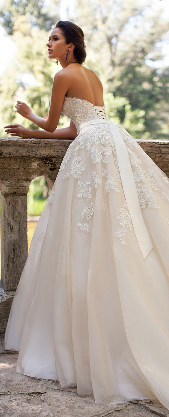Beautiful-Floral-Wedding-Dresses