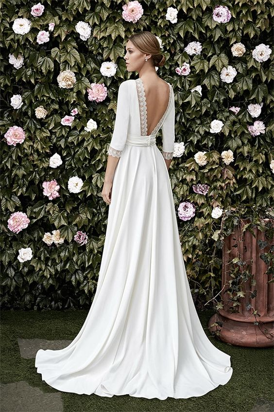 Gorgeous Wedding Dresses for Older Brides
