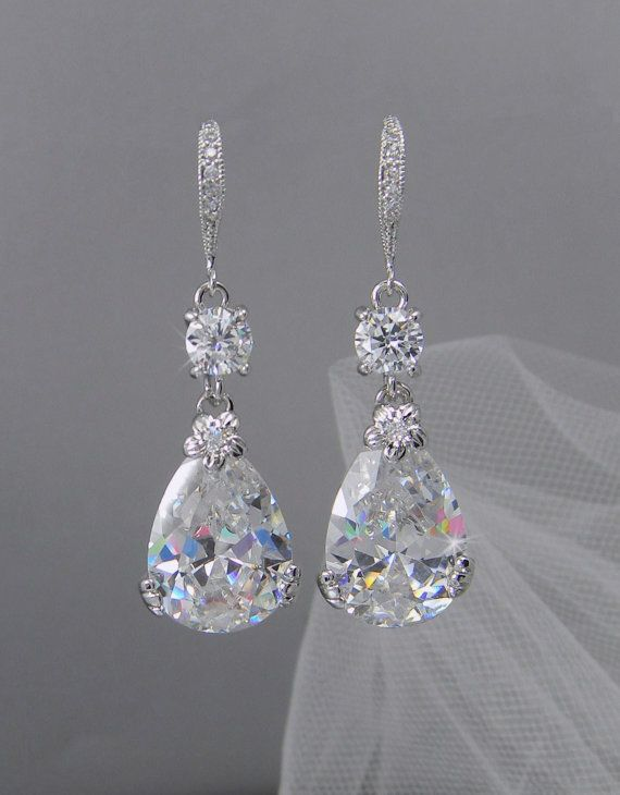 Statement Earrings For Your Wedding Day!