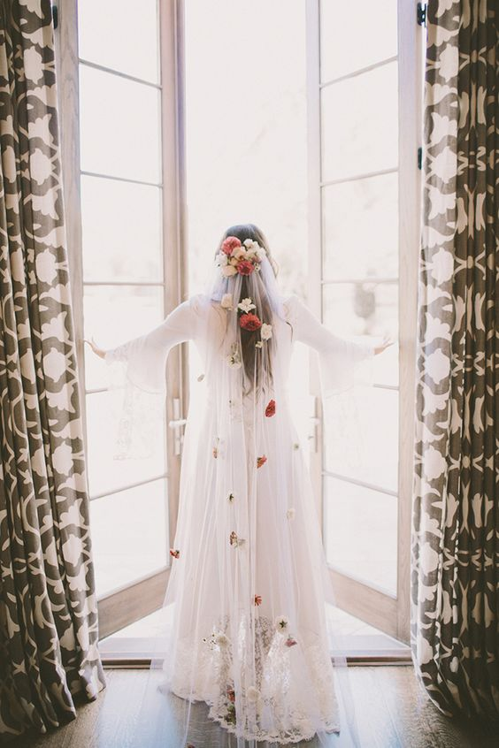Boho-Wedding-Ideas-Shine-On-Your-Wedding-Day