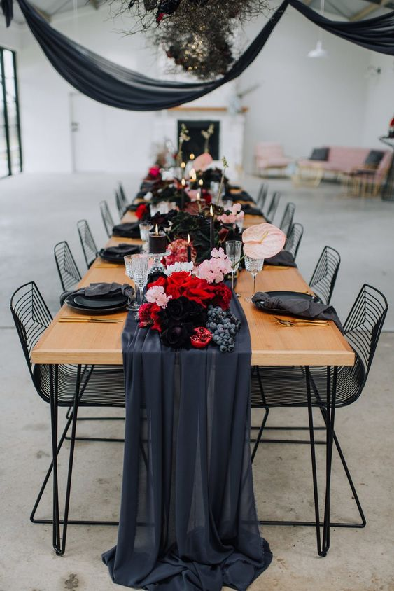 Burgundy-Wedding-Color-Theme-Ideas-To-Try
