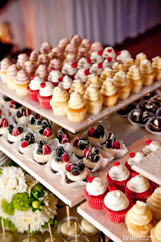 Unique-Wedding-Food-Dessert-Table-Display-Ideas