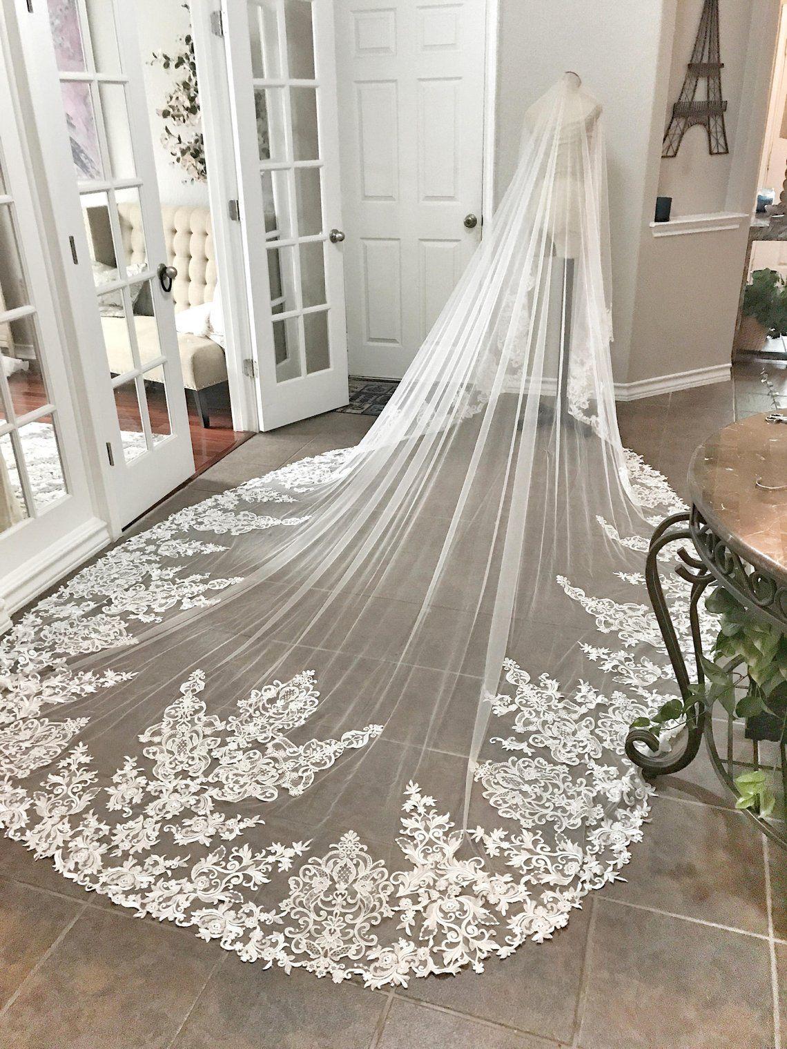 Timeless Wedding Veils to Inspire