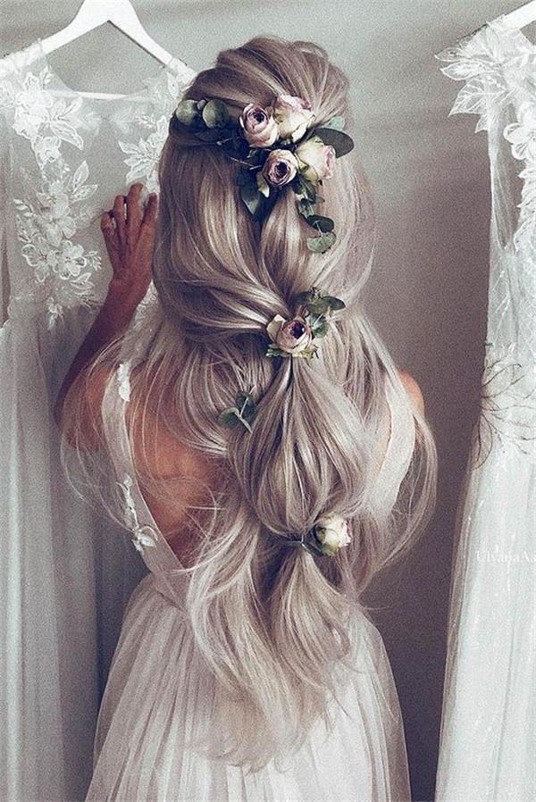 Hairstyles for Rustic Weddings