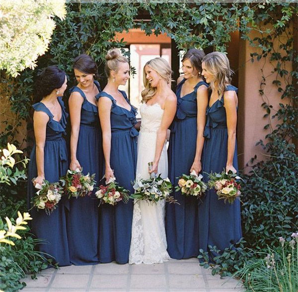 Chic and Subtle Classic Blue Wedding Ideas Every Bride Will Love