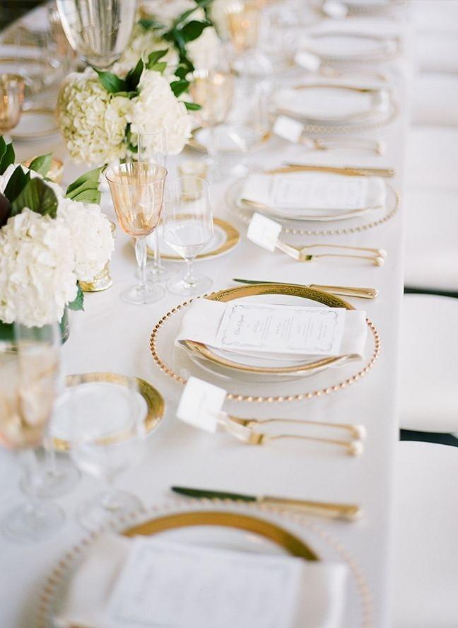 30 Luxury and Elegant Gold Wedding Decorations