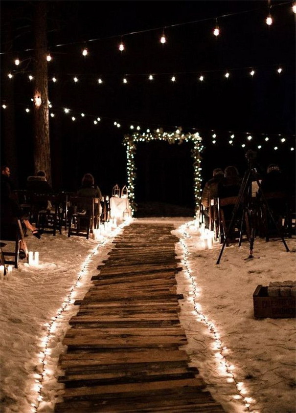 Breathtaking Night Wedding Photo Ideas